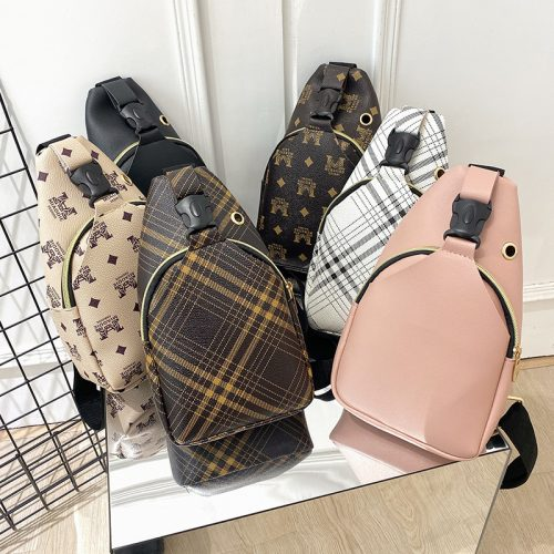 Wholesale pink girls chest bag casual street